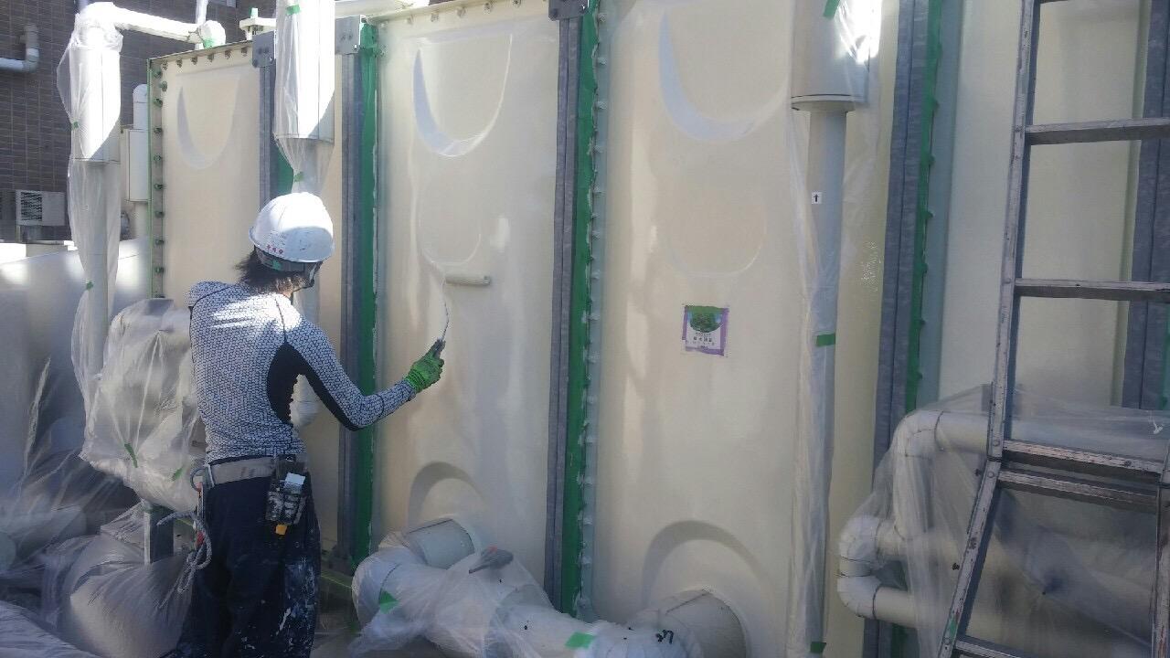 神戸市タンク塗装工事 側板面上塗り1回目