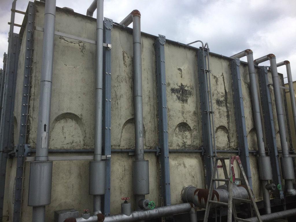 受水槽タンク塗装工事 側面施工前現状