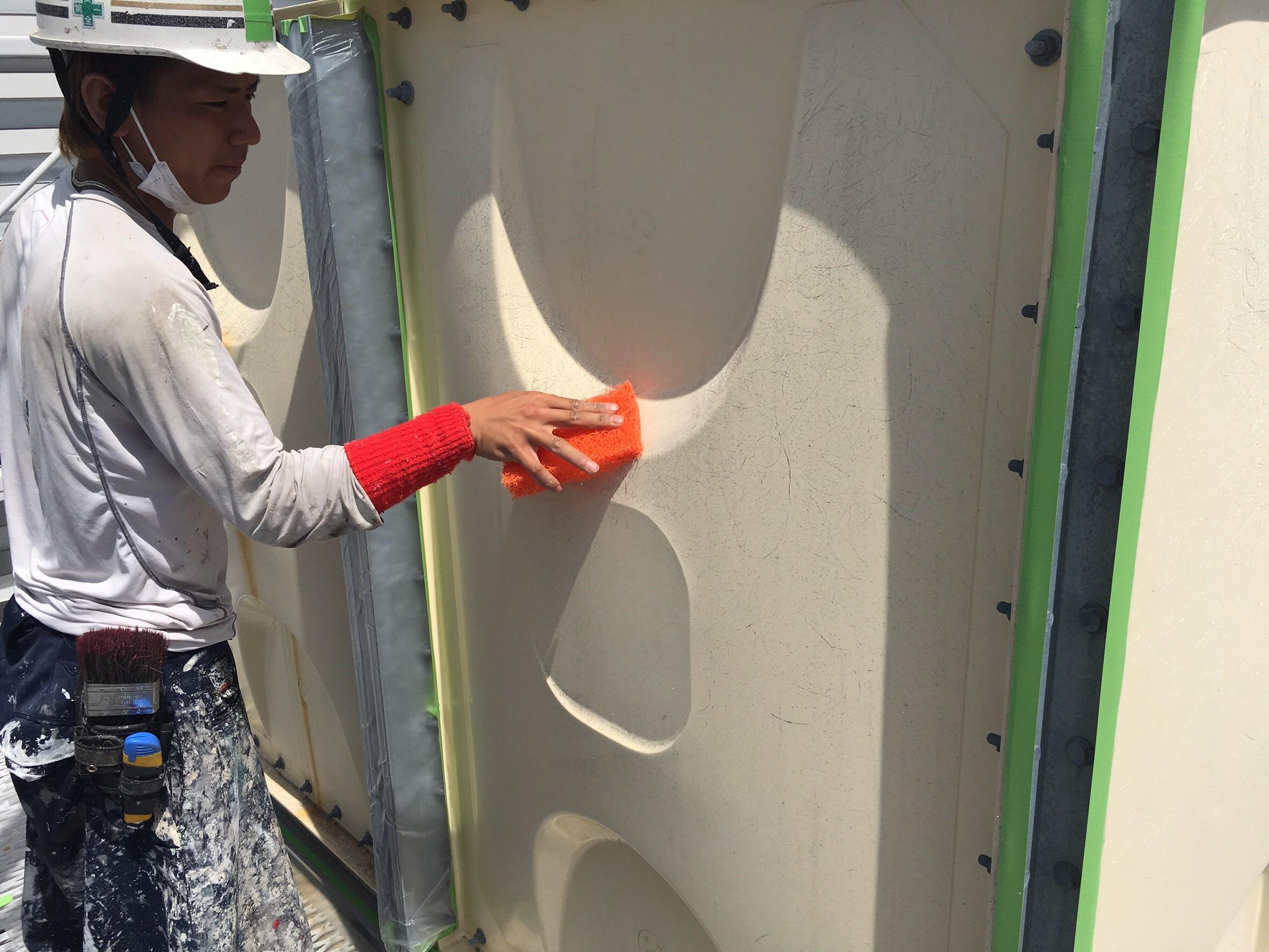 003 タンク改修塗装工事 ケレン・清掃