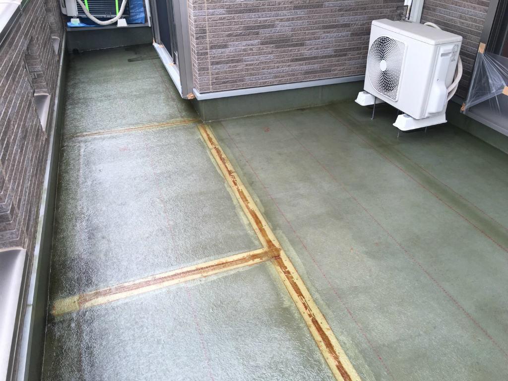 027 FRP防水工事 ガラスマット敷設